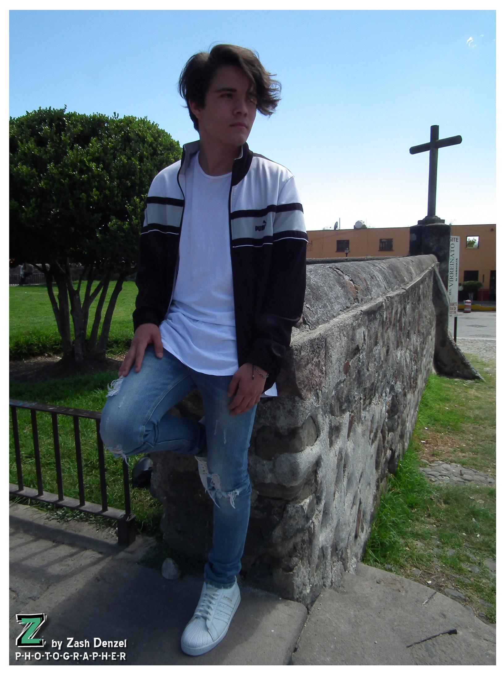 Model: Luis Morato 9