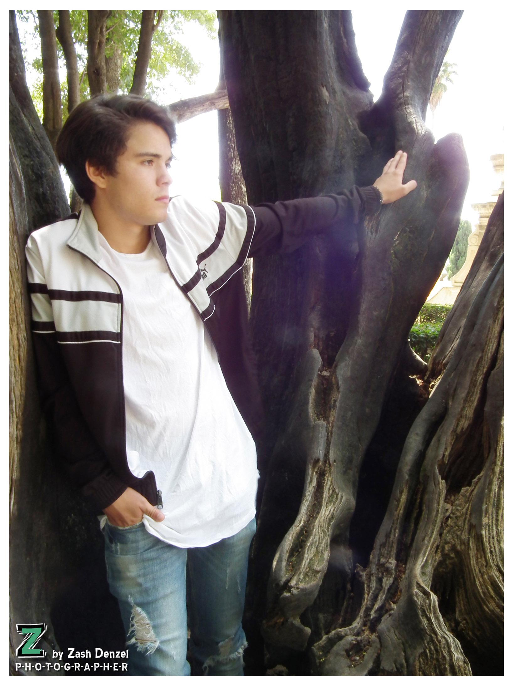 Model: Luis Morato 8