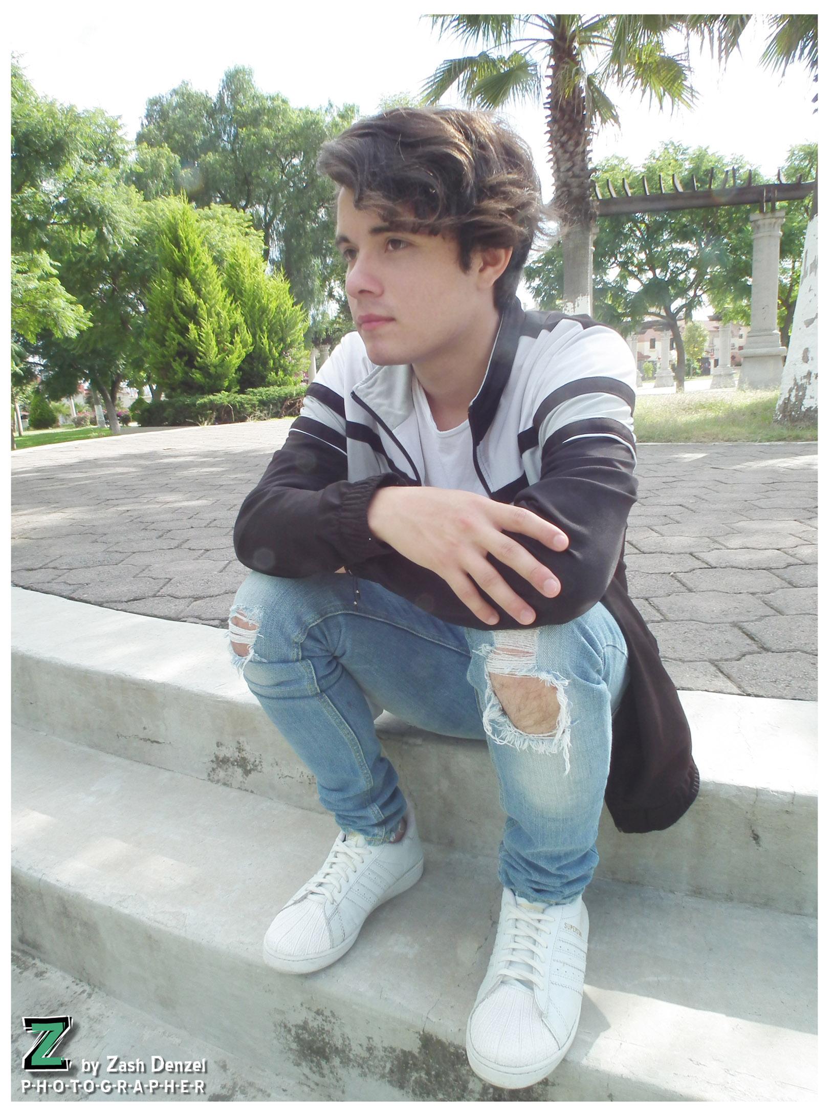 Model: Luis Morato 5